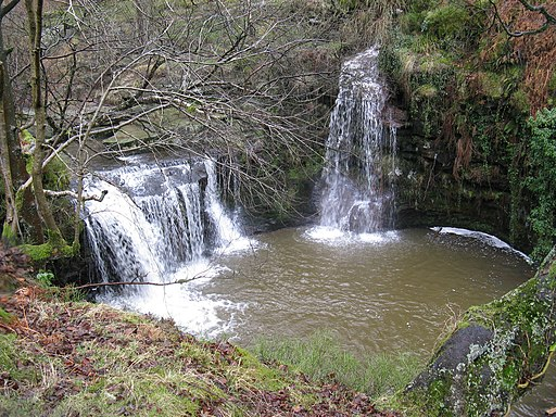 Lumb Hole Waterfall - geograph.org.uk - 854381
