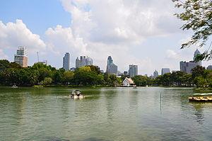Lumphini Park - View towards the Ratchadamri-Ratchaphrasong districts