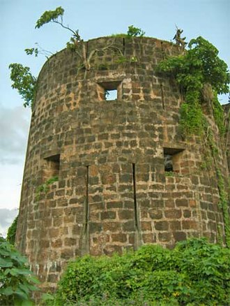 Madh Fort - Image: Madh fort 4