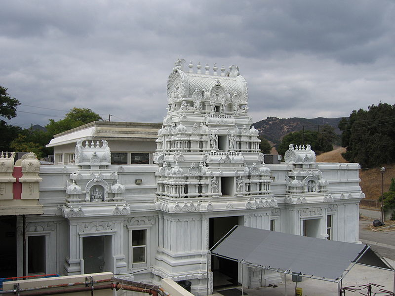 Sri Venkateswara, Malibu Hindu Temple 800px-Malibu_Hindu_Temple_22