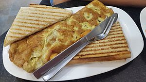 Omelette - Masala omelette with bread toasties