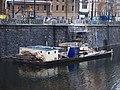 Masarykovo nábřeží, opravy, pracovní plavidlo.jpg