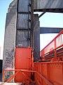 Mecanismo de elevación de la calzada en el Nuevo Puente Nicolás Avellaneda.jpg