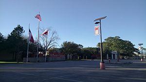Memorial High School (Hedwig Village, Texas) - The inside of the school campus
