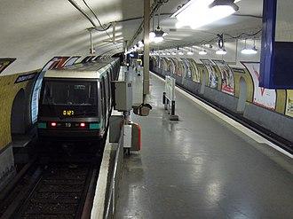 Château de Vincennes (Paris Métro) - Image: Metro Paris Ligne 1 Chateau de Vincennes (3)