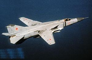 sovetunia aviadilo MiG-23, fotita la 1-an de majo 1989