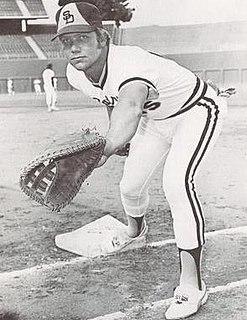 Mike Ivie American baseball player