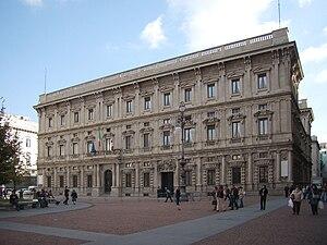 Italiano: Palazzo Marino a Milano, facciata su...