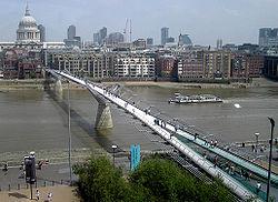 สะพานมิลเลนเนียม (ลอนดอน)