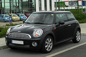 Mini Hatch 2