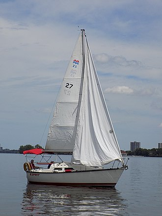 Mirage 25 - Image: Mirage 25 sailboat Esprit 0642