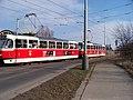 Modřany, Generála Šišky, výjezd tramvaje ze samostatné trati.jpg