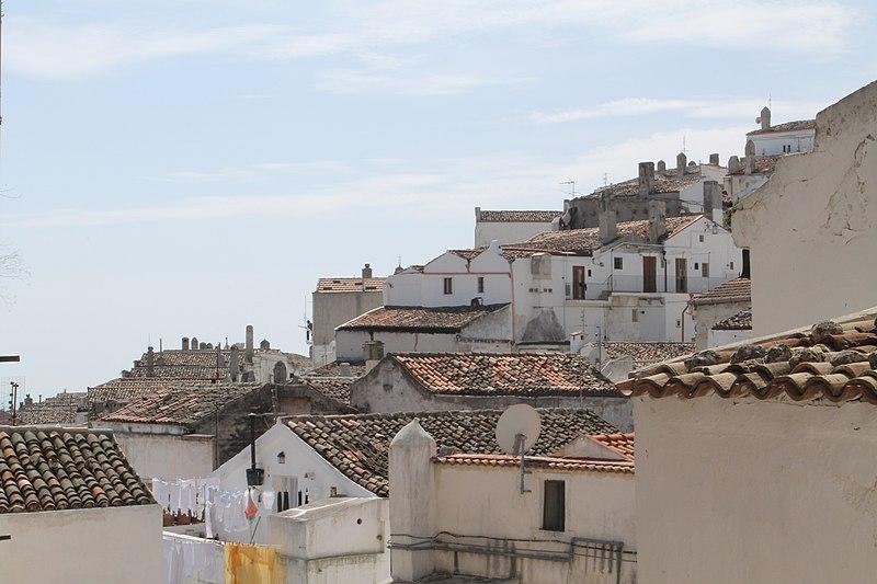 File:Monte Sant'Angelo - panoramio (11).jpg