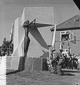 Monument voor Parachutisten in Driel, Bestanddeelnr 912-9420.jpg