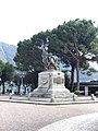 Monumento ai Caduti presso Cernobbio.jpg