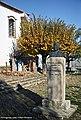 Monumento ao Padre José Ferreira - Pedrógão Grande - Portugal (26502879355).jpg