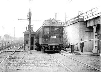 Austin station (CTA Green Line) - The original Austin station in 1909