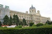 Natural History Museum, Vienna (1).jpg