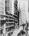 New York City- American Express Bldg. & Broadway north LCCN2003677495.jpg