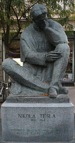 Ivan Meštrović 317px-Nikola_Tesla_kip