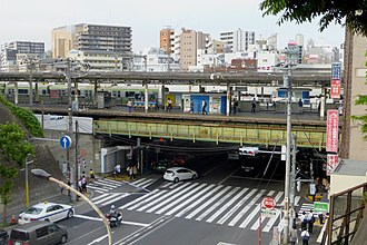 Nishi-Nippori Station - The JR East platforms viewed from the west side in June 2015