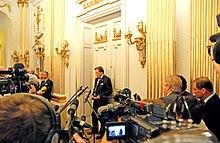 Nobel2008Literature-novaĵo konference1.jpg