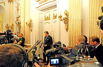 Nobel Prize in Literature - Image: Nobel 2008Literature news conference 1