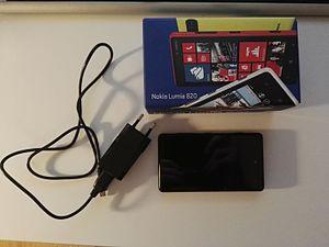 Nokia Lumia 820 - Wikipedia