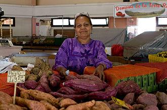 Nouméa - A woman at a market in Nouméa