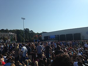 Speeches of Barack Obama - People waiting on Hooker Fields at the University of North Carolina at Chapel Hill, for Obama to arrive and give a speech