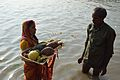 Offering with Devotees - Chhath Puja Ceremony - Ramkrishnapur Ghat - Howrah 2013-11-09 4128.JPG