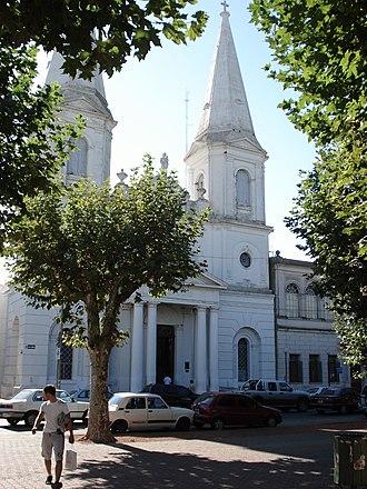 Olavarría - Image: Olavarria Iglesia San Jose