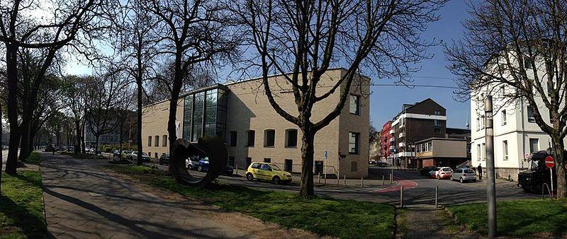 File:Ostwall Dortmund.jpg