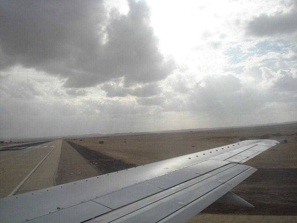Ovda lotnisko na pln od Ejlatu 001