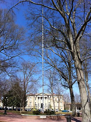 Lyceum–The Circle Historic District - Image: Oxford Flagpole