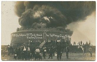 Electra, Texas - 55, 000 bbl Oil Tank struck by lightning. Aug. 5, 1912, Electra, Texas