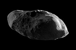 Prometheus, gefotografeerd door Cassini in januari 2010 (NASA)