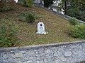 Památník založení Lodhéřova (Q80459134).jpg