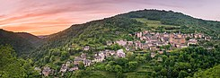 Panoramic sunset in Conques 02.jpg