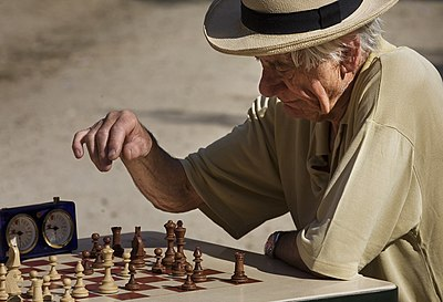 Paris - Playing chess at the Jardins du Luxembourg - 2966.jpg