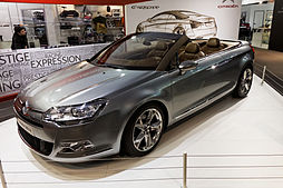 Paris - Retromobile 2013 - Citroën C5 Airscape - 001.jpg