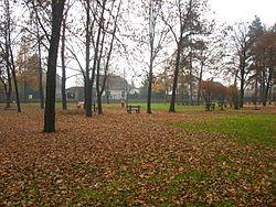 Park przy Dworku w Nowej Wsi 2.jpg