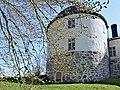 Penningby slott - nordöstra tornet.jpg