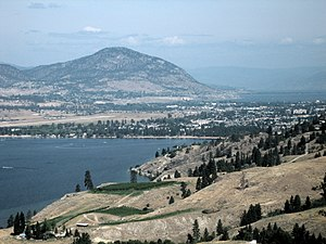 English: A view from the south of Penticton, B...