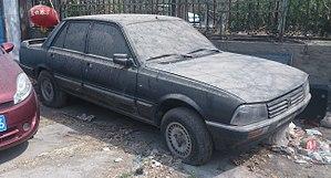 Guangzhou Peugeot Automobile Company - Image: Peugeot 505 02 China 2016 04 11