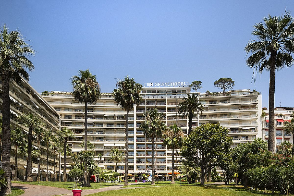 Grand h tel cannes wikip dia for Hotels cannes