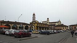 Piazza Giuseppe Mazzini, Pontevico, Brescia, Lomardy, Italy - panoramio.jpg