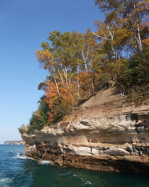 File:Pictured Rocks National Lakeshore (8741869454).jpg