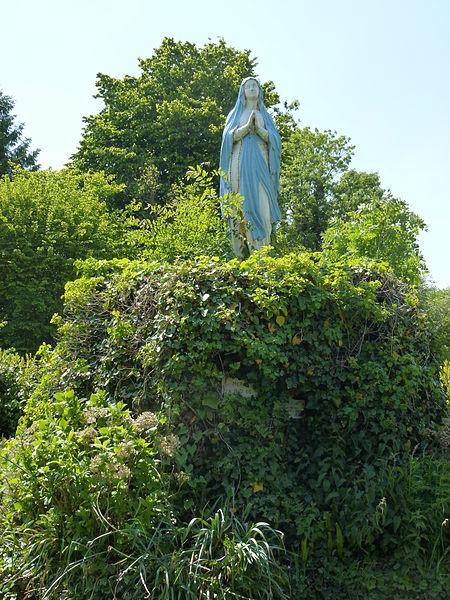 Piencourt (Eure) statue de la Vierge