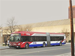 New Flyer Industries - Image: Pioneer Valley Transit Authority University of Massachusetts Transit New Flyer Xcelsior articulated bus